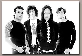 http://www.tracktorbowling.ru/userfiles/tb_band_2007.jpg